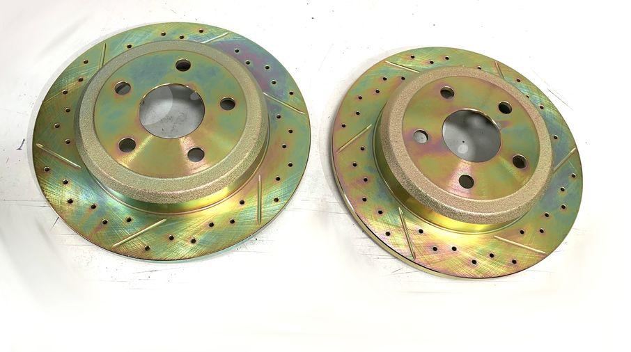 Rear Performance Brake Disc / Rotor (Pair), 330mm BRY Solid Rotor, WK2 (J4BM47522 / 52124763 / JM-05398 / Terrafirma)