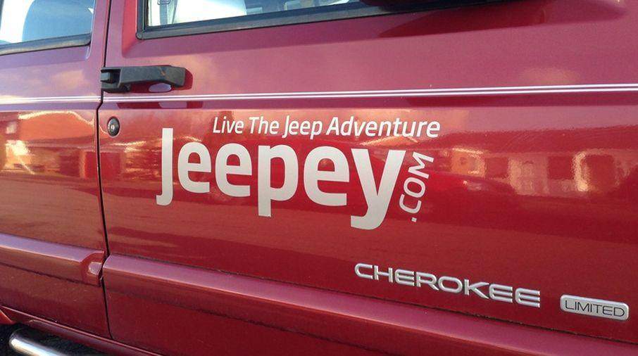 Jeepey Large Silver Sticker (Sticker-S-L)