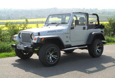 SOLD - Jeep Wrangler 4.0L Grizzly 2002 (FM02 LTT)