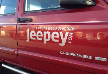 Jeepey Large Silver Sticker (Sticker-S-L)