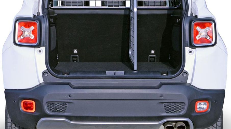 Cargo Divider - Renegade BU 14-17 (TDG1470D / JM-00895 / Travall)