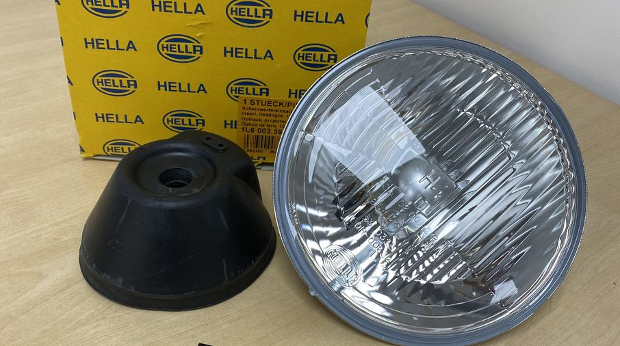 "7"" Hella H4 Head Light (HEL1L6002395261 / JM-05712)"