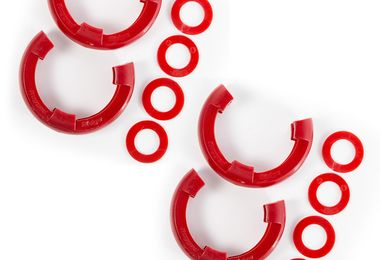 D-Ring Isolator Kit, Red 2-Pair, 3/4-Inch (11235.61 / JM-05348 / Rugged Ridge)