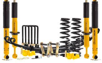 "1.5"" Suspension Lift, Hilux (05-15): Winch Bumper / Heavy Load (EK1406WBHL / SC-00011 / Old Man Emu)"