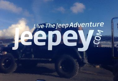 Jeepey Small Silver Sticker (Sticker-S-S)