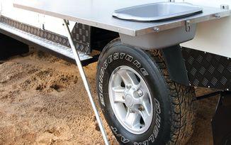 Stainless Steel Vehicle Side Mount Table w/ Basin (TBRA006 / JM-04761 / Front Runner)