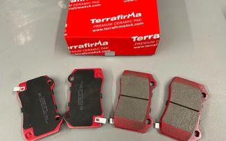 Rear Ceramic Brake Pad Set, WK / WK2 SRT (J4BM49023/68034993AA / JM-05708 / Terrafirma)