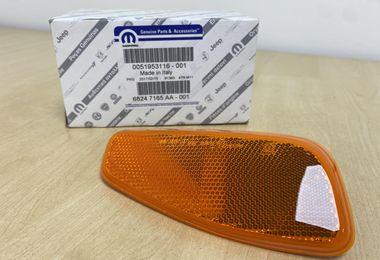 Indicator Reflector (LH) (68247165AA/51953116 / JM-05824 / Mopar)