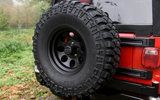 Tyre Carrier for ARB Bumper (5750012 / JM-02872 / ARB)