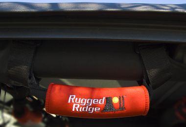 Neoprene Grab Handles, Red (13305.31 / JM-05017 / Rugged Ridge)